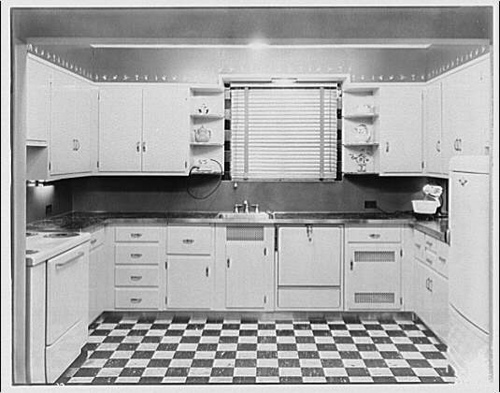 kitchen-cabinet-history